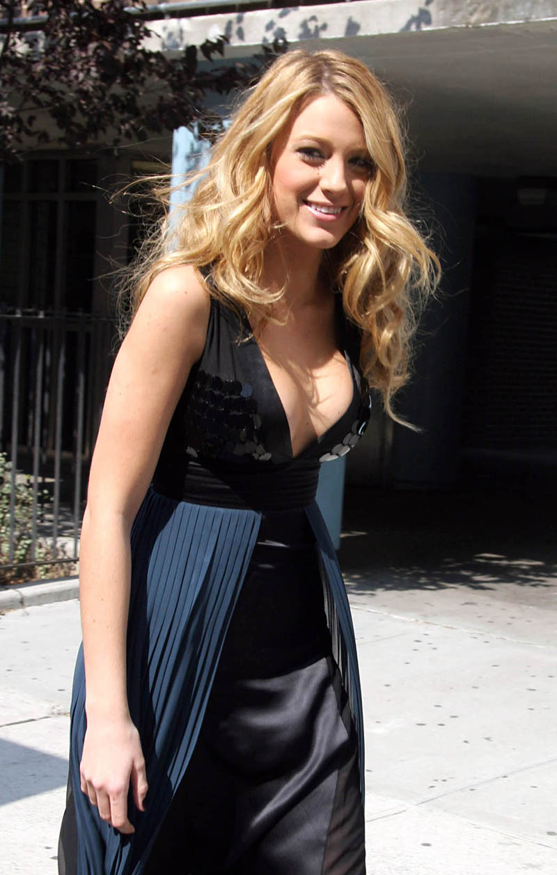 blake lively fashion week-15